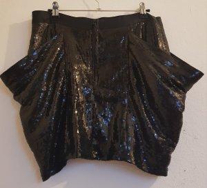 Schwarzer Rock mit Pailletten und Taschen