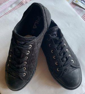 Schwarzer Sneaker von fila