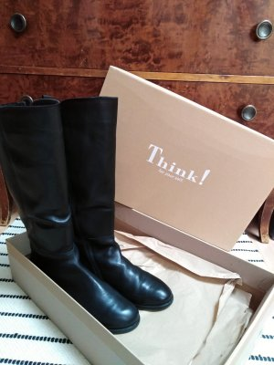 Schwarzer Stiefel