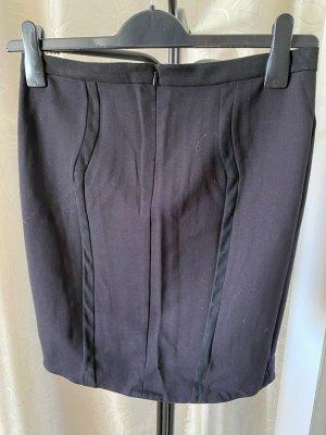 Guess Midi Skirt black