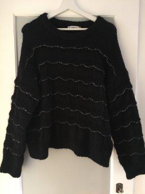 Schwarzer Strickpulli von Zara