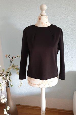 schwarzer Sweater, Satin-Oberteil von Mango