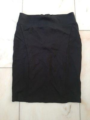 Schwarzer Sweatrock