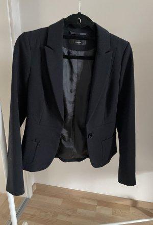 Schwarzer Taillierter Blazer