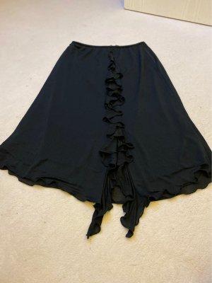 Schwarzer Volantrock mit Rüschendetail vorn