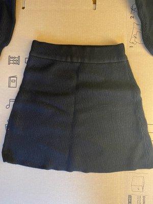 Schwarzer Wollrock Zara