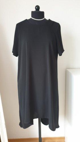Schwarzes Abendkleid (Asos)
