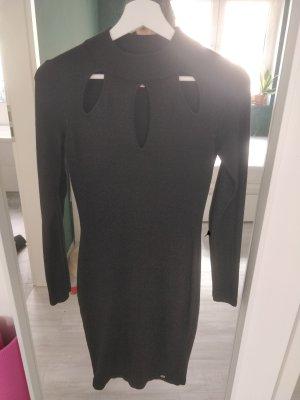 Schwarzes Abendkleid von Lipsy