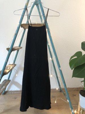 Schwarzes Abendkleid von Mango