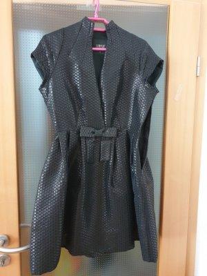 schwarzes Abendkleid von SIMPLE