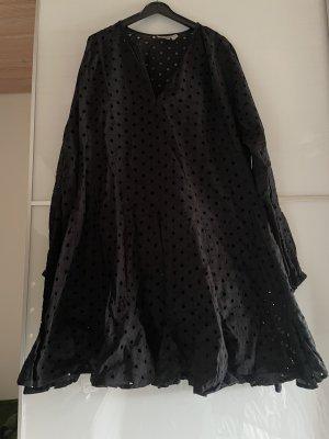 Schwarzes Asos Kleid