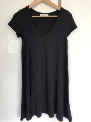 Schwarzes Basic-Kleid von Pull&Bear