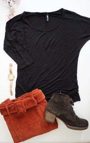 Schwarzes Basic Shirt