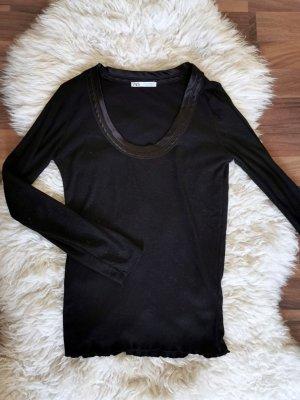 Schwarzes Basic von Zara