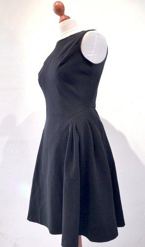 Schwarzes Business-Kleid von Zac Posen