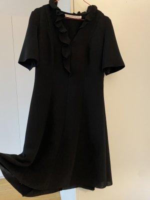 Schwarzes cocktail Kleid mit schönem Kragen