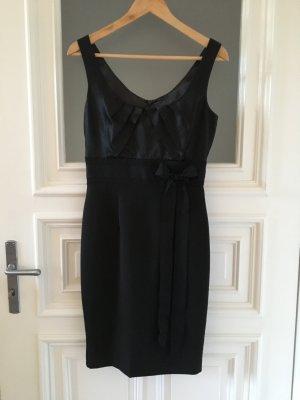 Schwarzes Cocktailkleid / Single