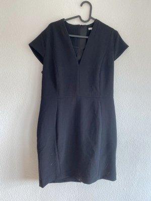 Schwarzes H&M Business Kleid mit Ausschnitt