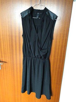 Schwarzes H&M Kleid, ärmellos
