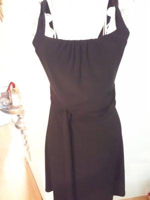 schwarzes Kleid 36