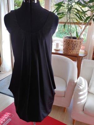 hm-moden Sukienka z rękawem balonowym czarny