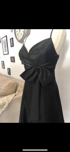 Schwarzes Kleid / Abendkleid / Ballkleid