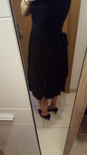 schwarzes Kleid Gr. 36