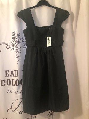 schwarzes Kleid Gr. 36 ital. Gr. 42