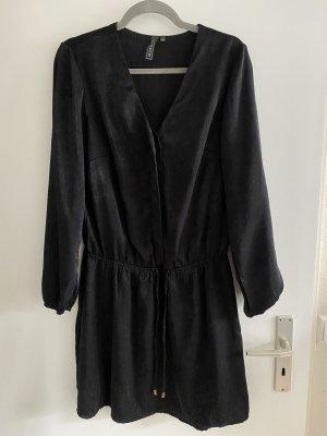 Shirtwaist dress black