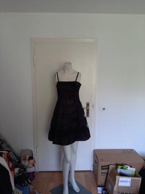 schwarzes Kleid Größe S