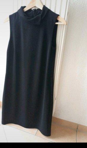 Schwarzes Kleid Hallhuber
