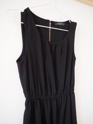 Schwarzes Kleid in A-Linie