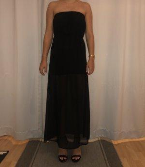 Schwarzes Kleid in Seidenoptik