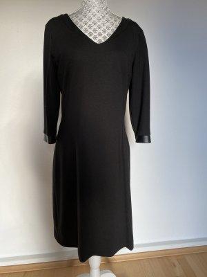 Schwarzes Kleid Materialmix Gr 38
