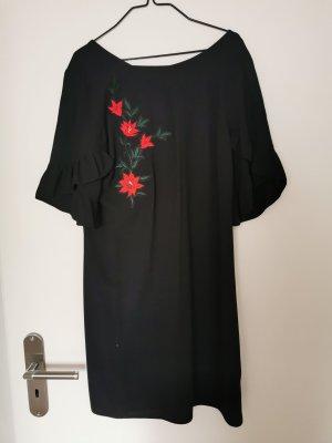Schwarzes Kleid mit Blumenstickerei