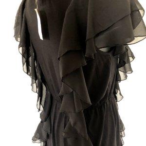 Schwarzes Kleid mit Chiffon Volants I Kleine Schwarze von H&M