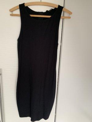 Schwarzes Kleid mit cutouts am Rücken