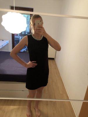 Schwarzes Kleid mit Perlen von Nümph