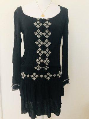 Schwarzes Kleid Muster langärmelig