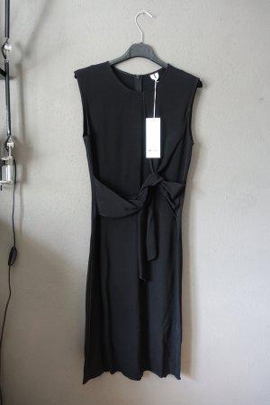 schwarzes kleid, schleife, arket, neu