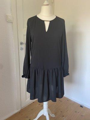 Schwarzes Kleid vom Mango in Gr. L