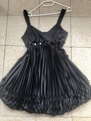 Schwarzes Kleid von Apart