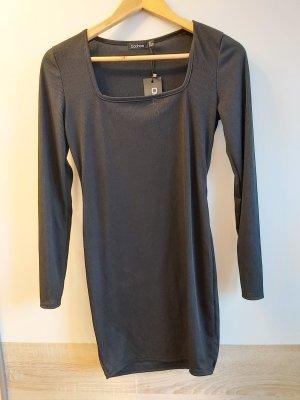 Schwarzes Kleid von boohoo