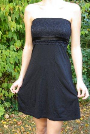 schwarzes Kleid von edc
