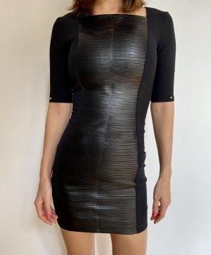 Schwarzes Kleid von Elisabetta Franchi