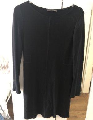 schwarzes Kleid von Evelin Brandt