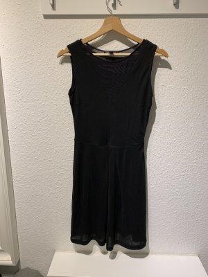 Schwarzes Kleid von Mango | Größe: XS