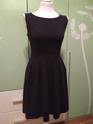 Schwarzes Kleid von Naf Naf Größe 38