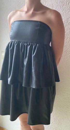 schwarzes Kleid von NAKD