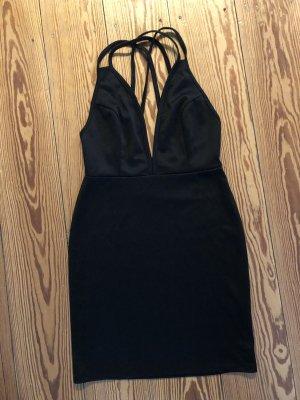 Schwarzes Kleid von NastyGal
